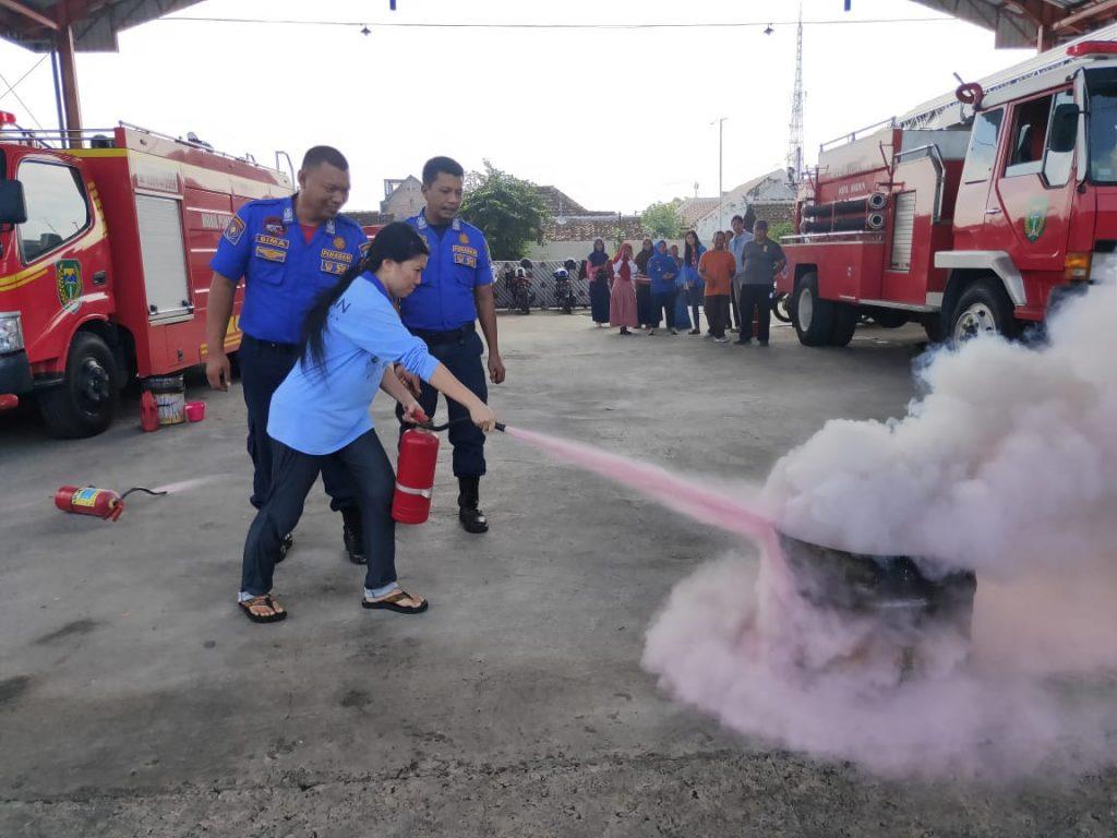 Pelatihan Alat APAR Guna Inspeksi Peralatan Proteksi Kebakaran